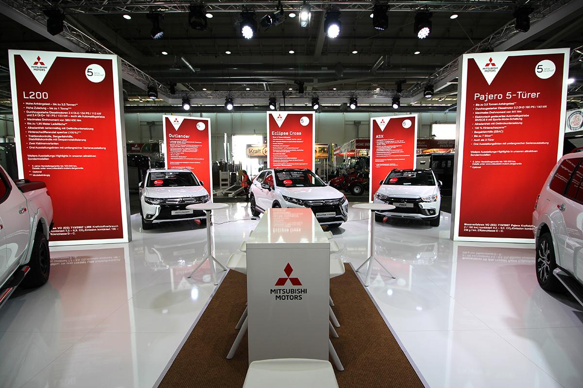 Mitsubishi Präsentation auf der HansePferd Hamburg