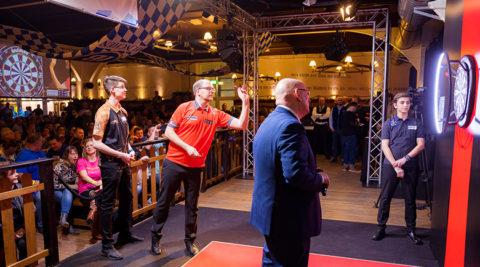 Darts Show im Hofbräu Berlin